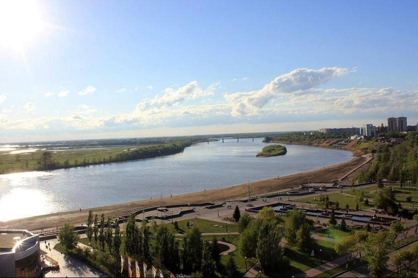 Центральная набережная города Павлодар